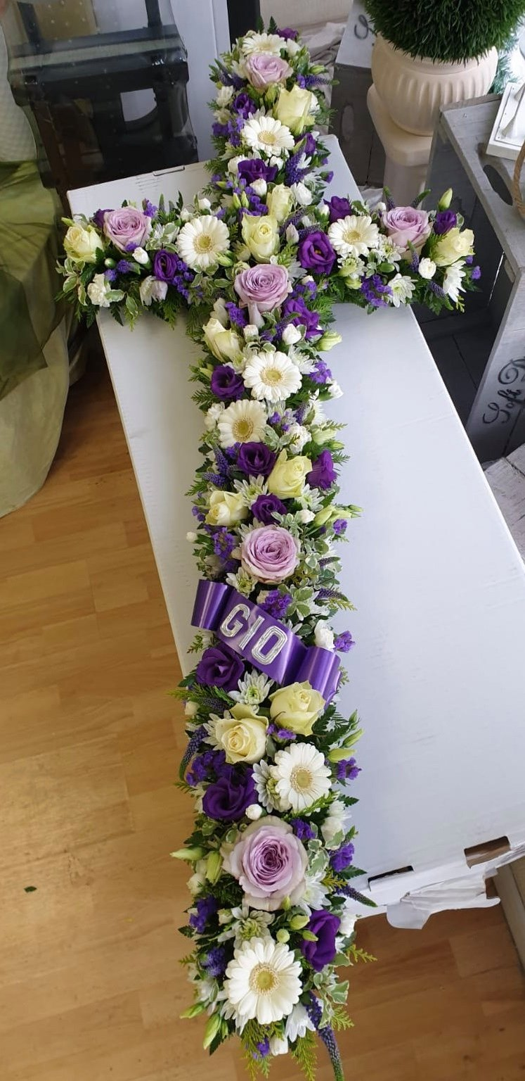 Loose Lilac Cross £37.50 per foot